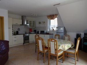 Küche im Wohnbereich der Ferienwohnung im 2.OG